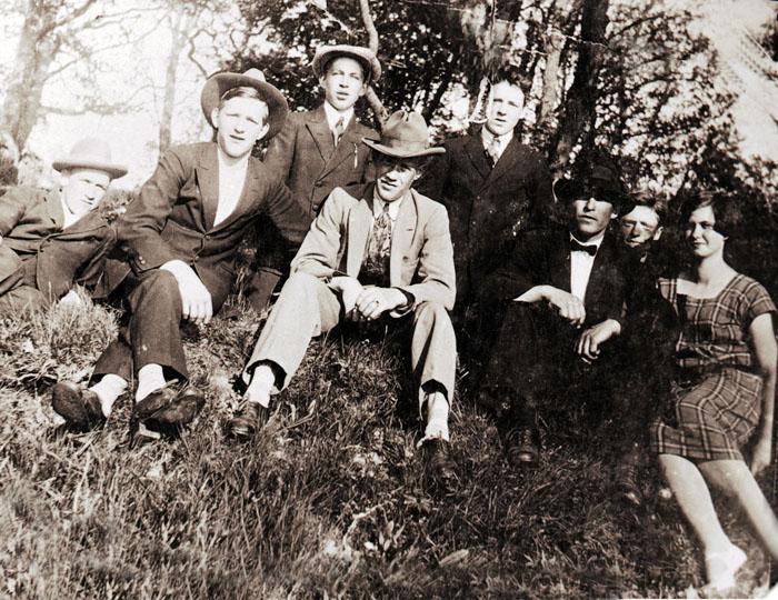 Läreksholmare på utflykt 1920-talet